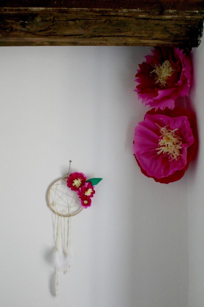 DIY Fleurs papiers crépon géantes