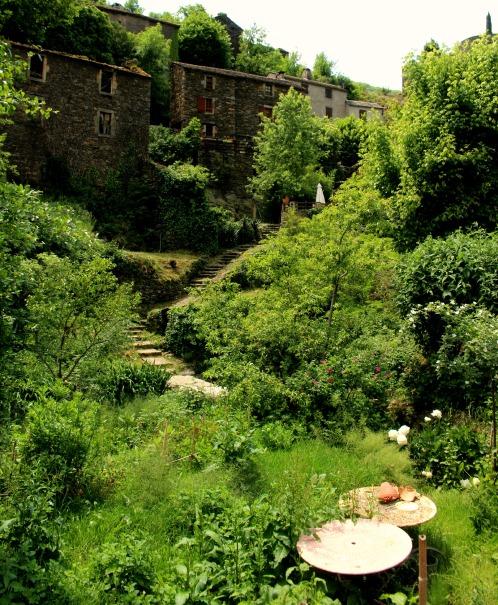 jardin a brousse le chateau