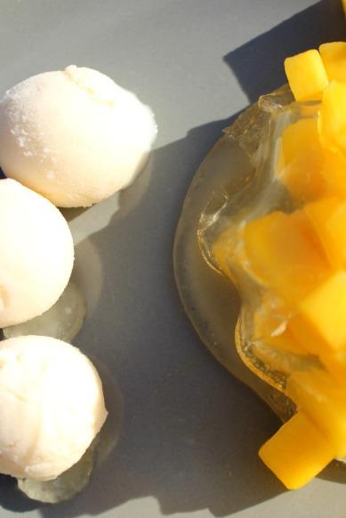 ravioles citron et mangues, glace fromage blanc