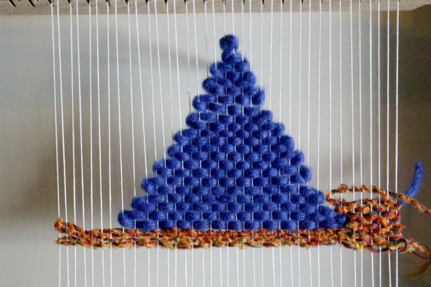 comment faire un triangle en tissage