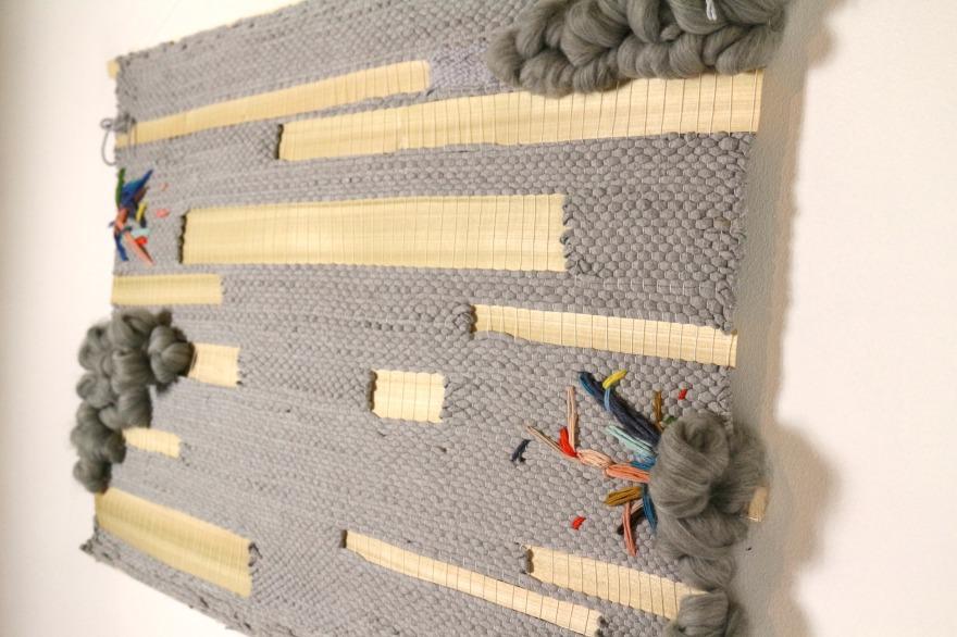 Artiste textile tissage bois et broderies woodhappen.jpg