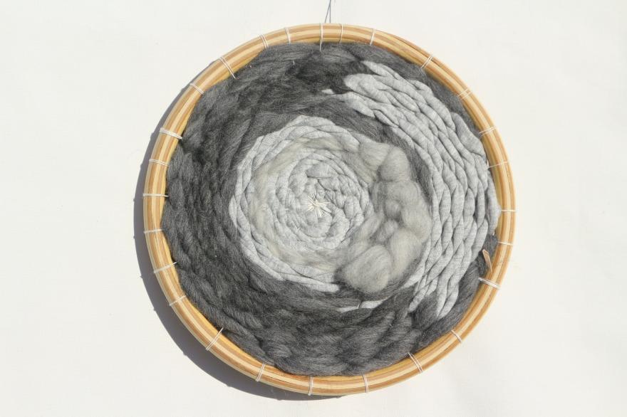 woodhappen-tissage-en-rond-gris